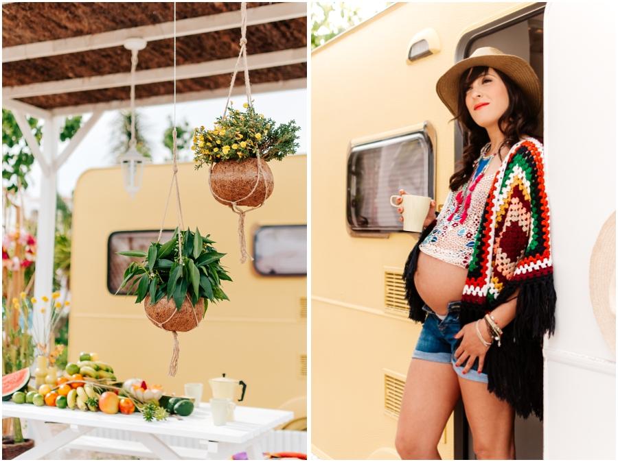 fotos embarazo entre caravanas vintage