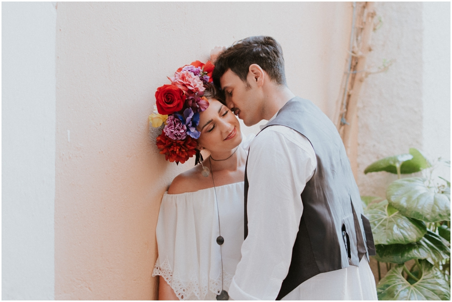 Boda diferente Frida Kahlo Inspired Wedding. Destination wedding photographer Spain.