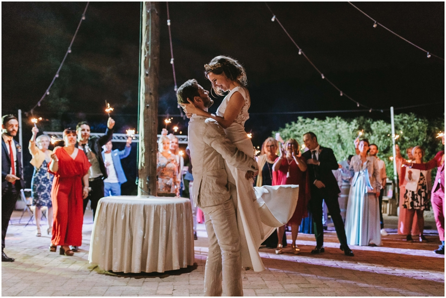 boda romantica lavellana tarragona fotografo de bodas baile novios