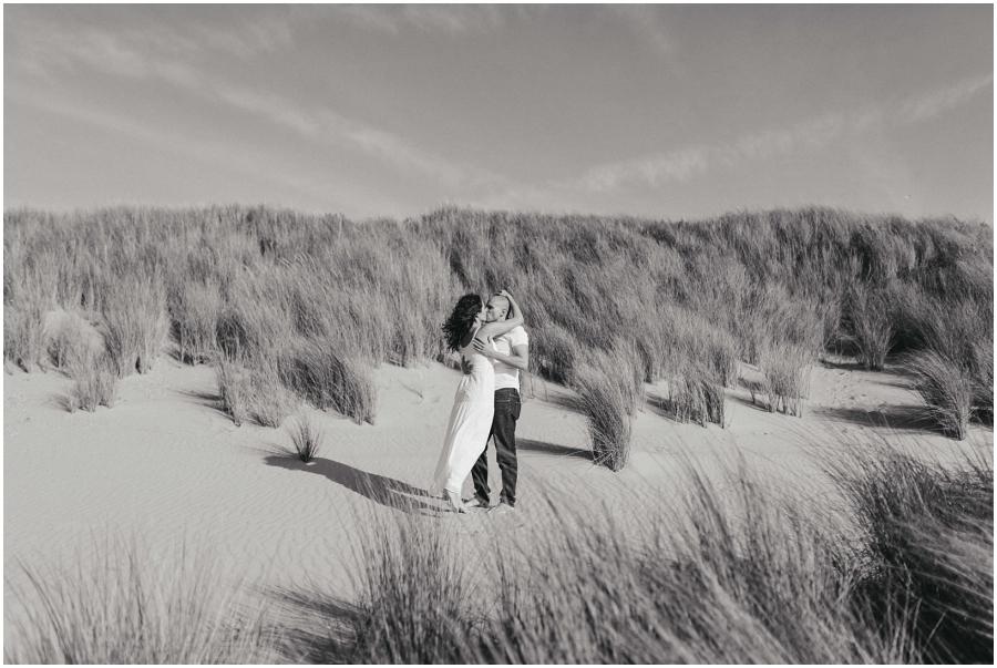 Sesión en Holanda fotografías en las dunas Preboda en Holanda y Alemania